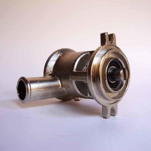 Pompe eau de mer adaptable pour moteurs Volvo:    MD31-TAMD31-TMD41-TAMD41-KAD32-KAD42-KAMD42-KAD43-KAMD43- KAD44- KAMD300    Références Volvo 3583115 / 3583095 / 3583145 Volvo 31 / 41 / 32 / 42 / 43 / 44 / 300