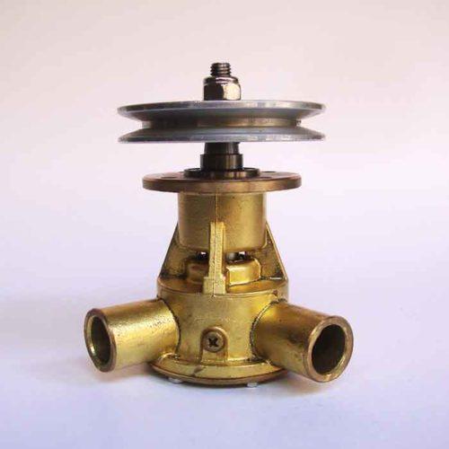 Pompe eau de mer origine STM4522 pour moteurs Vetus VH4.65 / VH4.80    Référence pompe STM4522. Pompe origine Vetus Vetus VH4.65 / VH4.80