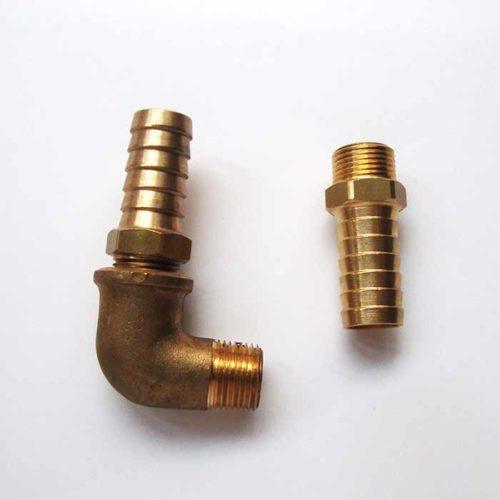 Le Kit raccords pompe comprend 2 raccords 3/8X16 et un coude MF90°3/8 Kit raccords 16