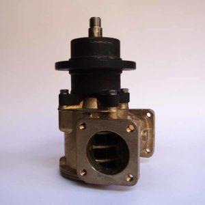 Pompe eau de mer adaptable pour moteurs VOLVO 102 / 103 / 120 / 121 / 122    Référence pompe Volvo 3829313 (anc réf 866396) 3829312 (anc réf 845189) VOLVO 102 / 103 / 120 / 121 / 122
