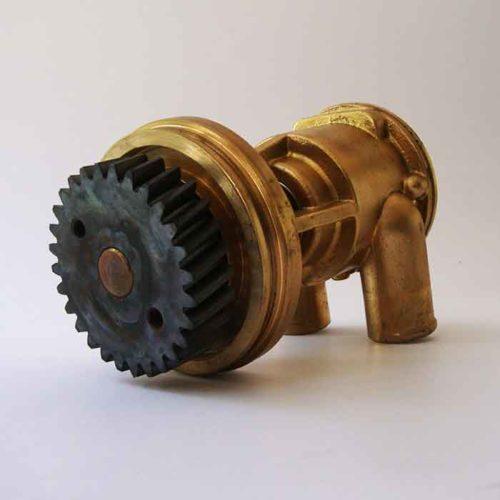 Pompe eau de mer adaptable pour moteurs Caterpillar3056    Pompe Jabsco 4255411 Caterpillar 3056