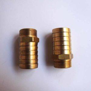 Joint entre la pompe et la plaque/bride entretoise 36821506 Joint 36821506