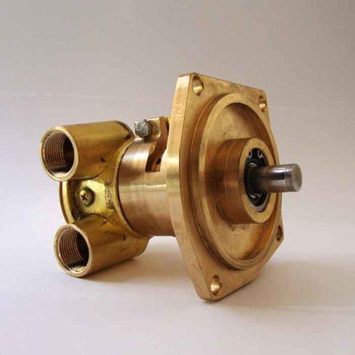 Pompe eau de mer adaptable pour moteurs Perkins 4.236    Référence Perkins: 2488329 / 2488322    Référence jabsco 10970 (filetés) / 10970-21 (brides) Perkins 4.236 / 4236